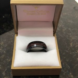 Black Ceremic w/ mahogany wood center ring